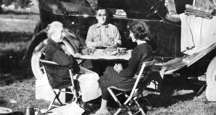 A picnic in Deer Park, 1922